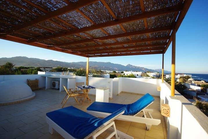 Gazwarine 5 ☆ spacious & private home near beach