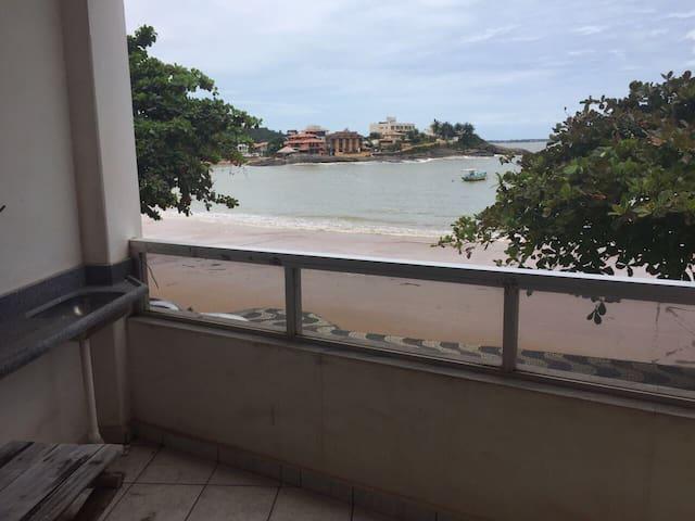 Maravilhoso apart frente por mar - Anchieta
