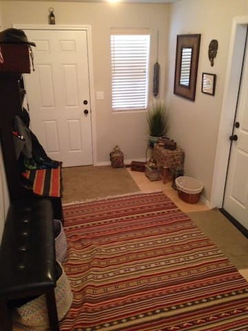 Feel homey and cozy while away having fun! - Kalispell - Huis