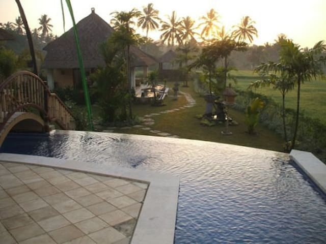 Villa Aruna 2 - อูบุด