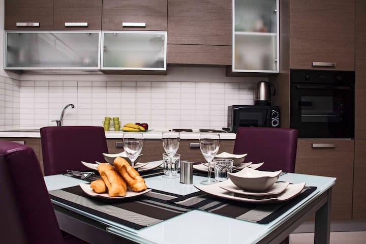 MODERN 2 BEDROOM SLIEMA - Sliema - Apartamento
