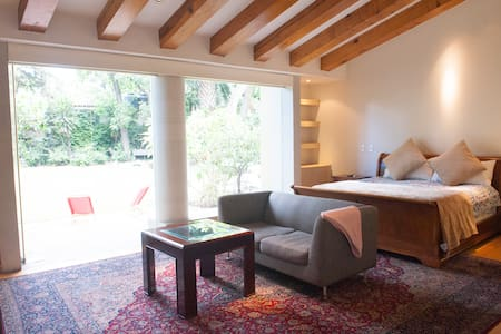 Residencia Coyoacán Master Suite - Mexico City - Bed & Breakfast