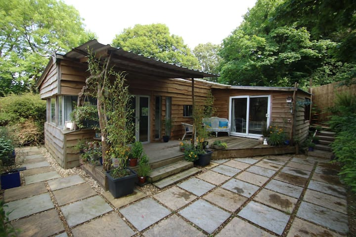 The Den in the Heart of Cornwall