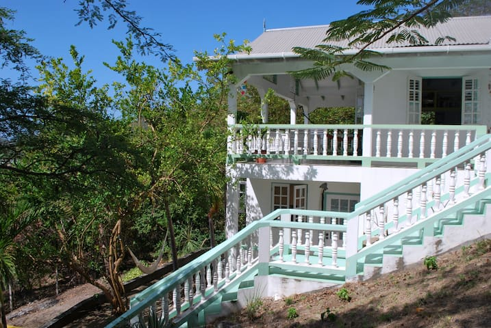 Tyrell bay's hide away, studio apt. - Carriacou