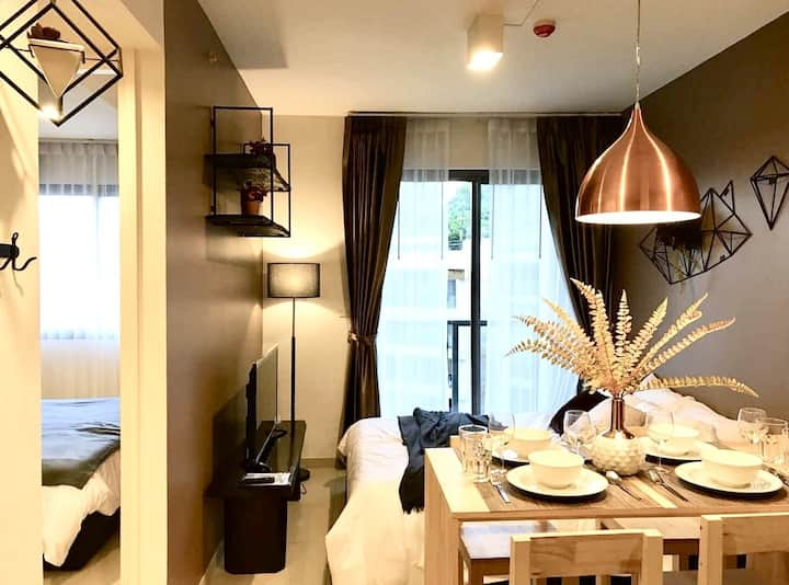 1-4PAX Luxury Condo 10min Balihai South Pattaya