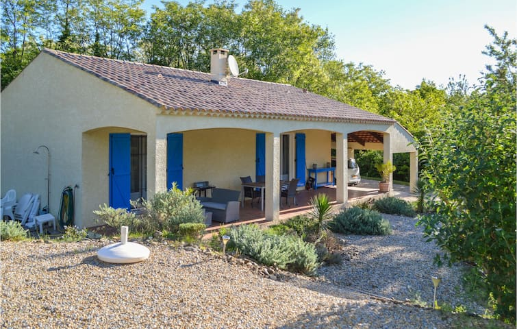 Holiday cottage with 2 bedrooms on 80m² in Le Poujol sur Orb