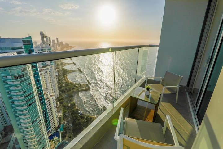 Exclusivo piso 37 frente al mar. Murano Élite