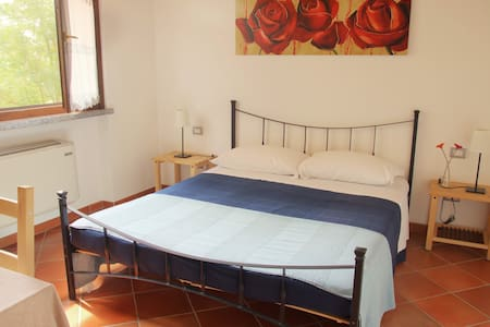 Room with bath - Certosa di Pavia - Bed & Breakfast