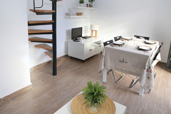 Casa Ani - Piscina y playa a 15' de Portaventura