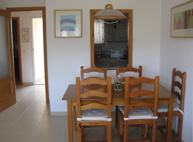 Nice family apartment surrounded by fabulous coves - Calafat - Appartement