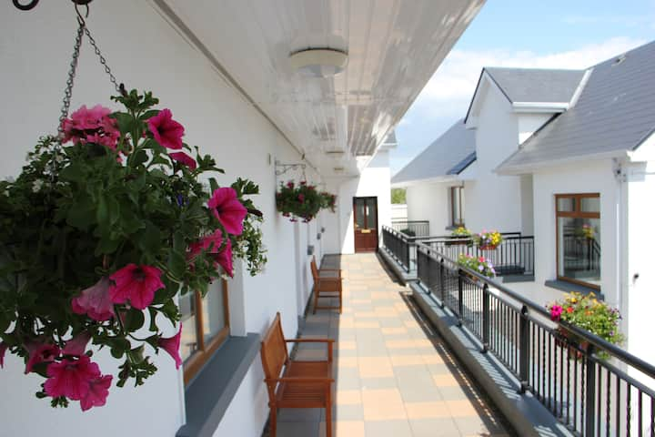 Galway City 2 bedroom self catering apartment