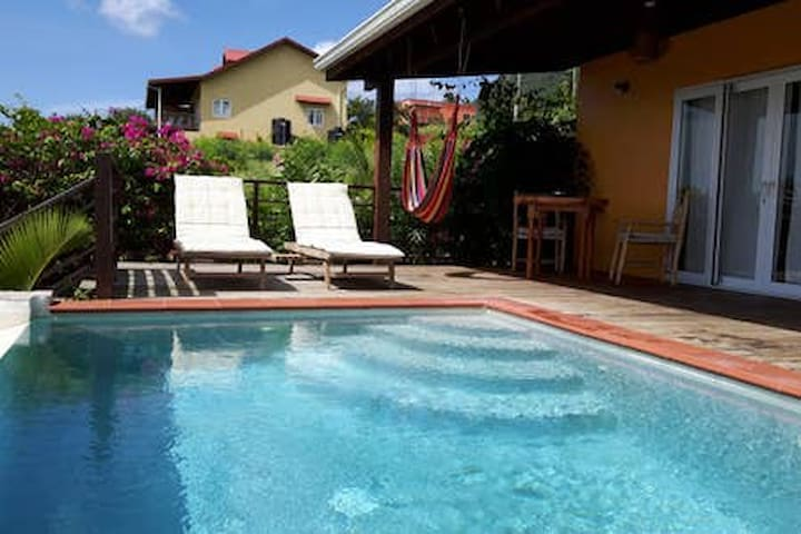 B&B Kaye Mango Villa - Cozy, Private, Amazing View