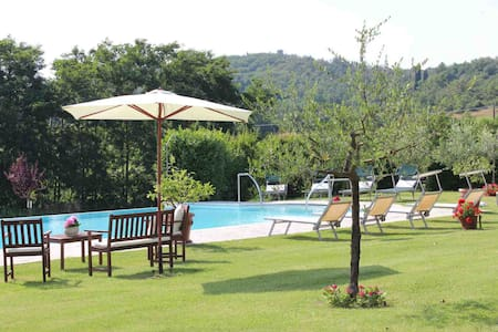 Easter special offer!4 sleeps (L&L) - Lucignano - Villa