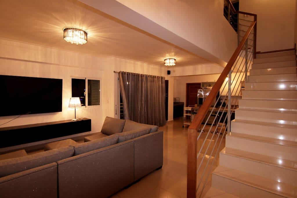 Tv y sala. Area común
