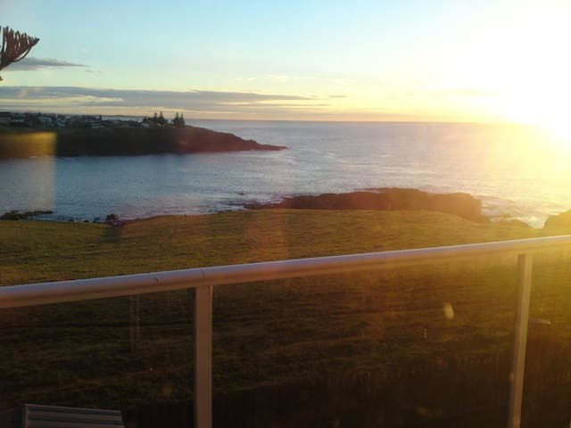 A View from every Room - Kiama Heights