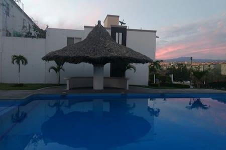 Hermosa casa completa cerca de Cuernavaca, Morelos
