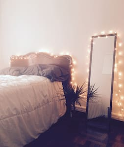 Private Bedroom on Canal Street! - New York