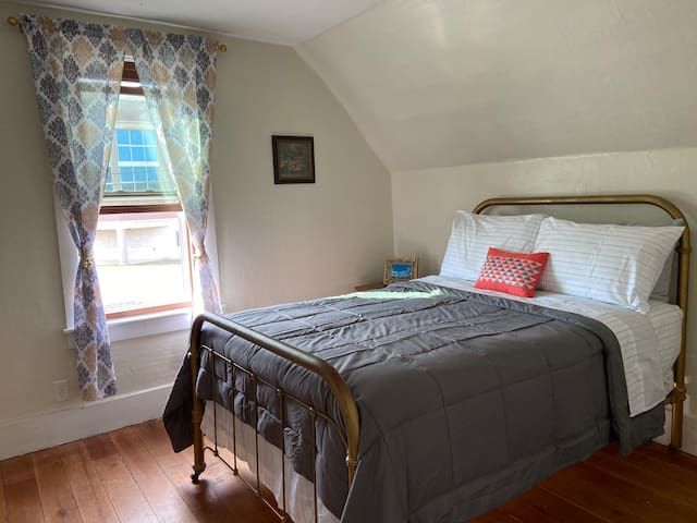 Master bedroom with a new cozy mattress!