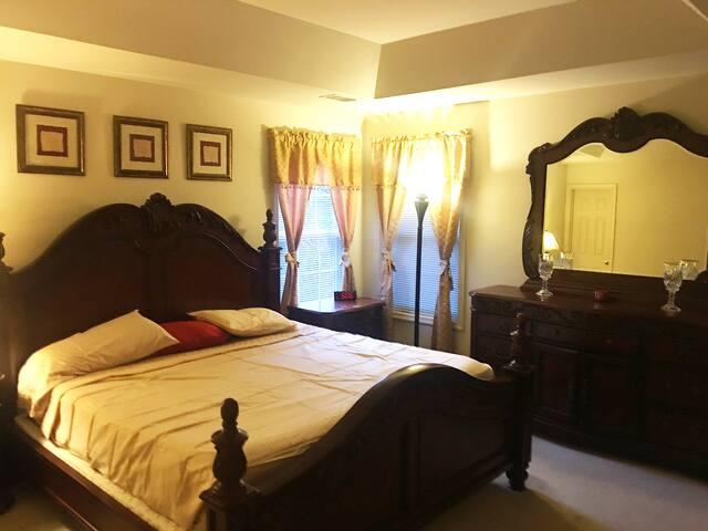 One bedroom house in Manassas Virginia.