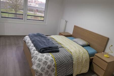 Chambre dans un appartement neuf tout confort