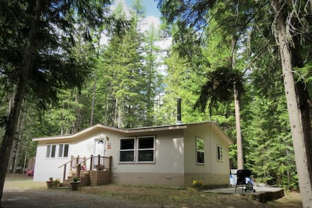 Tamrak Creek Retreat