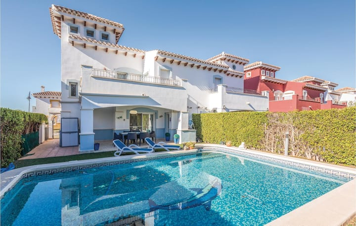 Semi-Detached with 2 bedrooms on 70m² in Torre-Pacheco