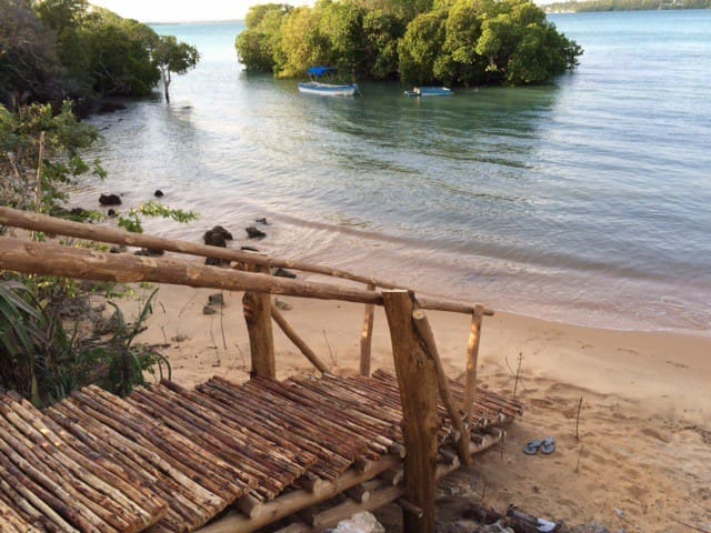 MerryCrabCove ~ Backpackers' Beach ~ Makuti Dorm 3 - Watamu - Hostel