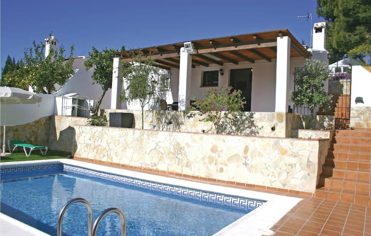 Holiday cottage with 2 bedrooms on 43m² in Frigiliana