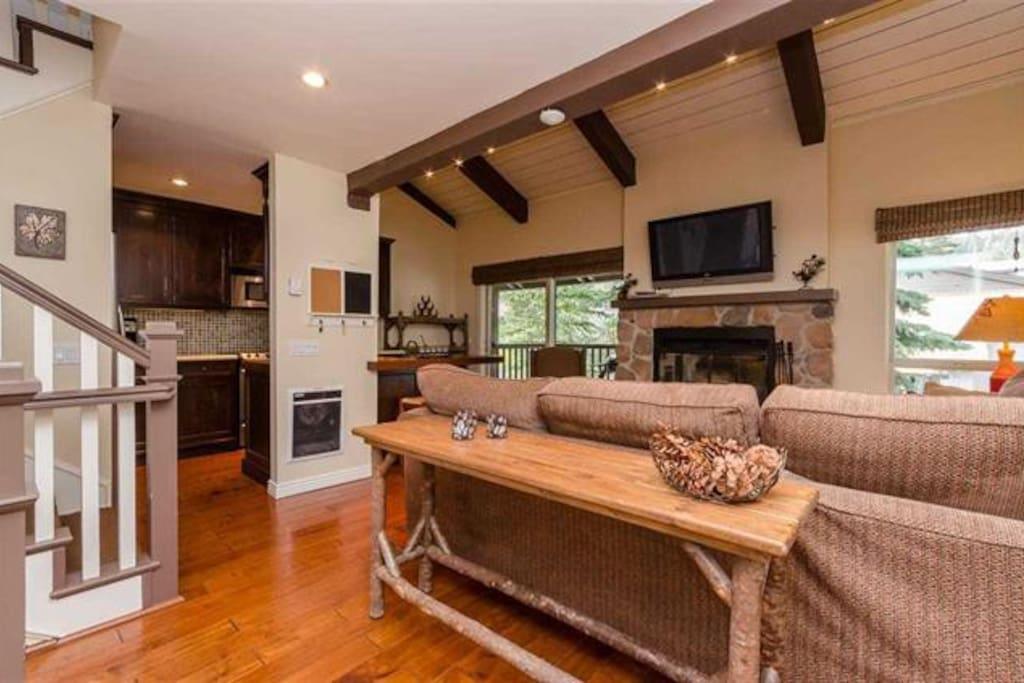Hardwood floors, beautiful furnishings -- main living area on middle floor