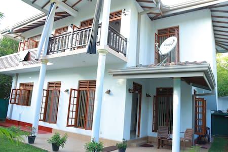 Sanasuma Villa - Bentota - Sri Lanka