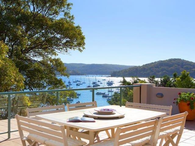 Quiet retreat with amazing views - Newport - Hus