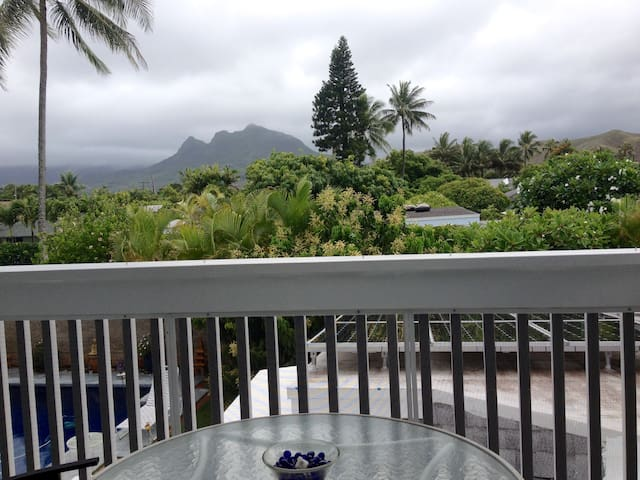 Lrg 2nd Flr. studioA, view, calKing - Kailua - House
