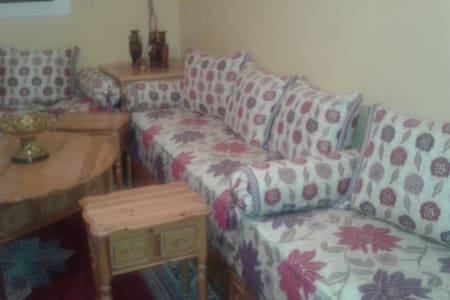 Une chambre pour cinq personne, 120$/€ semaine - Settat