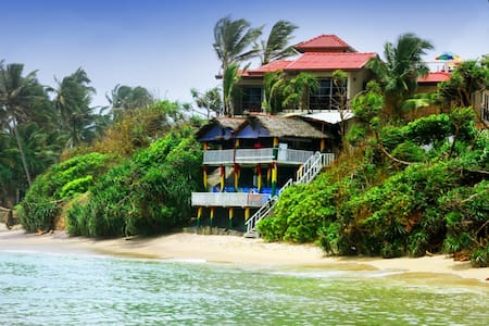 Sea View Rooms with A/C & Non A/C  - Weligama