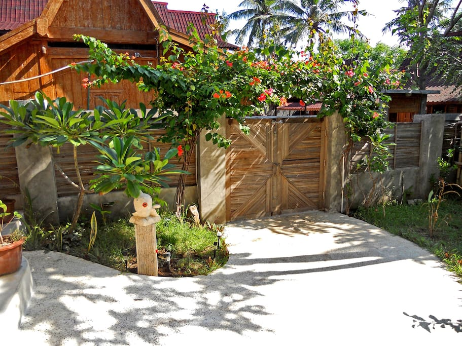 Front Gate & Entrance with fish footwash :-)