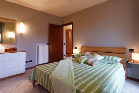 APPARTAMENTO IN COLLINA  - Brovello - Carpugnino - Apartment
