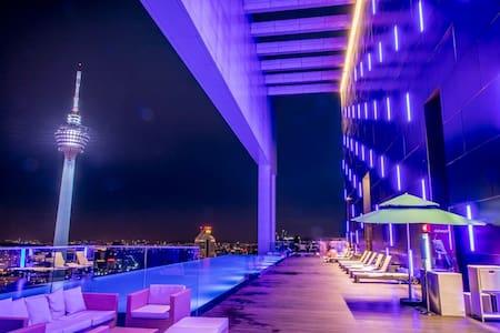 BRILLIANT 2BR+2BTH SUITES-KL CITY 吉隆坡网红民宿2房2浴套房#45