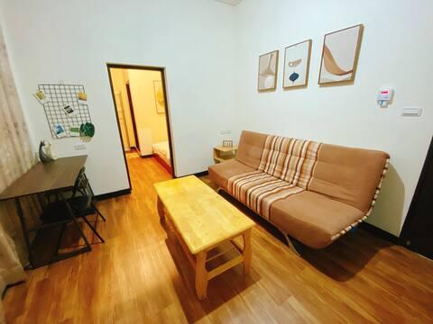 下田人家- A3床頭有插座  一房一廳 「免費接送 」金城鎮 全聯  康是美 711 海邊 WiFi