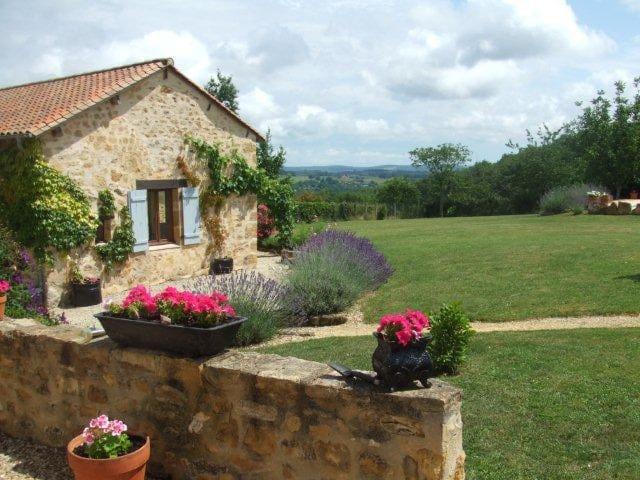 Joli gîte en pierres du Périgord - Corgnac-sur-l'Isle - House