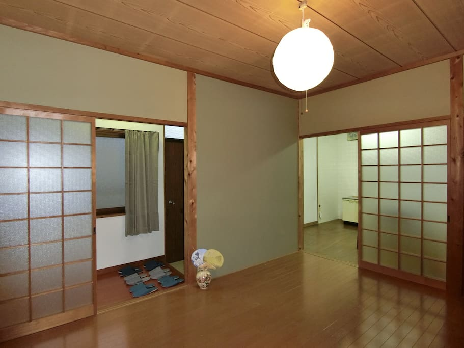 Japanese-Modern style Bedroom/Livingroom with Wooden Floor 寝室・リビング
