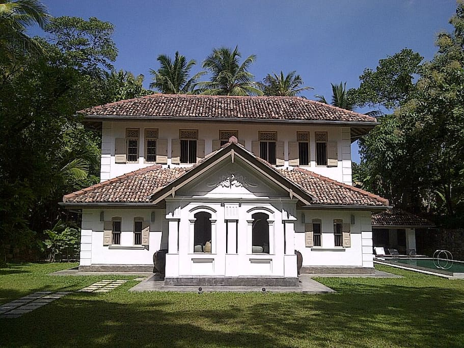 Old Clove House, a fully renovated, restored and modernized traditional Sri Lankan house.