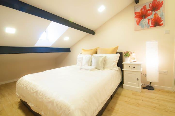 ★★ Cityfringe Cosy Loft Room ★★ - Singapore - Flat