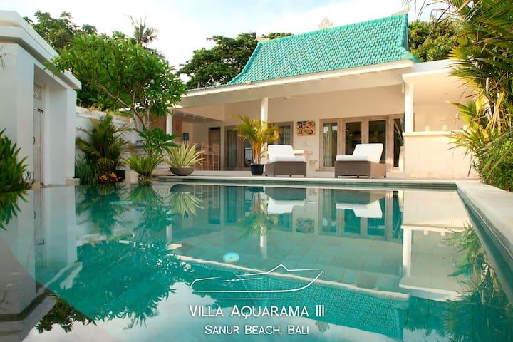 Villa Aquarama 3 - 2ch, bien située à Sanur Beach.