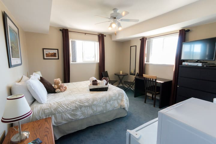 Bearspaw Suites