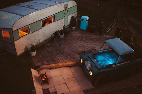 Land Rover Hot Tub & Bluebird Penthouse