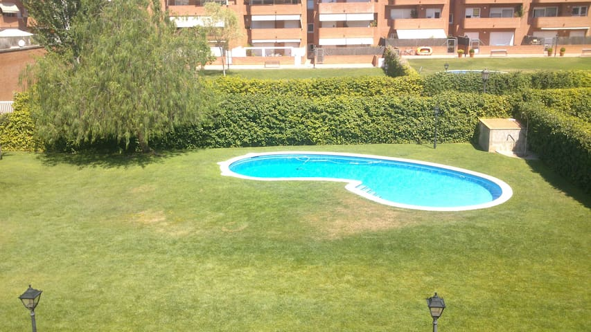 Nice room with garden swiming pool - Sant Quirze del Vallès - Apartment