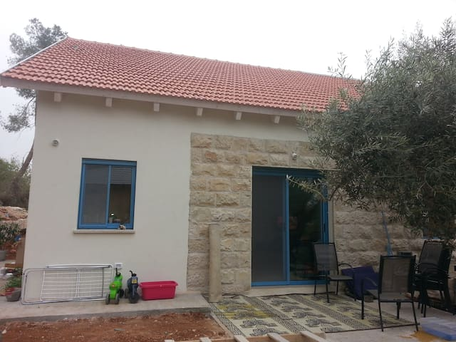 New house in Maale Hachamisha - Jerusalem - Hus