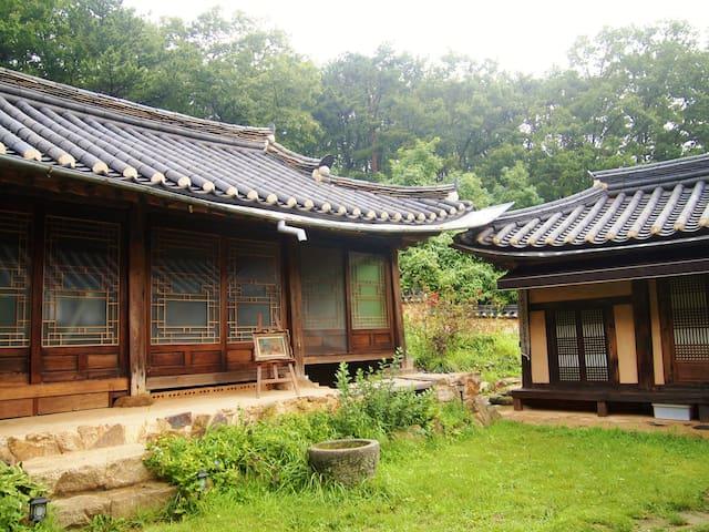 Hanok stay near Incheon airport - Jung-gu - Dům