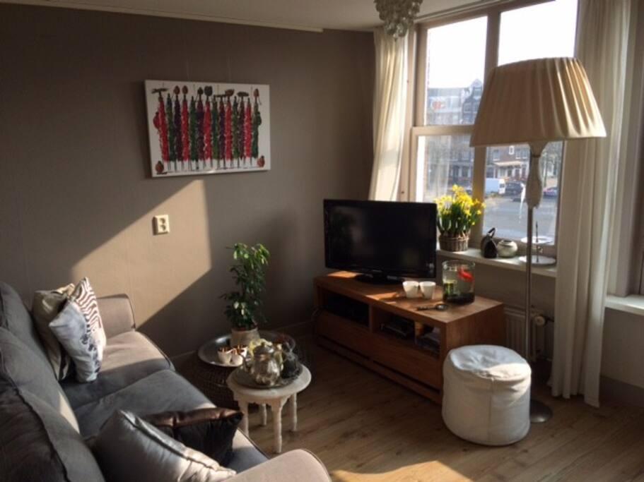 Living room with amazing view of the Nieuwmarkt