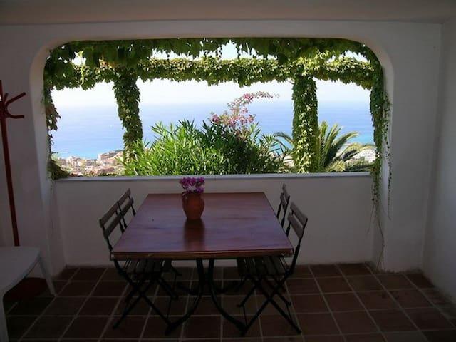 Appartamento con bella vista mare - ref.: SALINA - Tropea - Apartemen